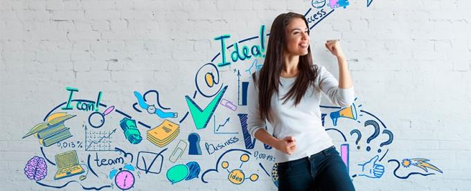 Joven Emprendedora Exitosa—Paga Menos Insurance te Protegerá