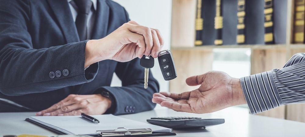Diferencias entre un Lease de Auto y un Prestamo